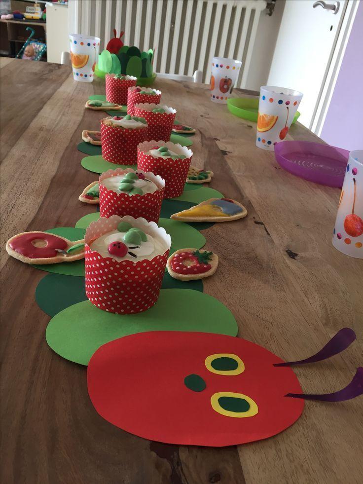 Tischdekoration Raupe Raupe, Kindergeburtstag mit dem Motto Raupe Raupe #laternebastelnkinder