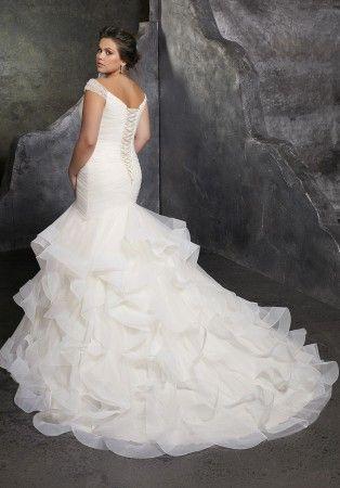 Mori Lee 3237 Kori Vestido de novia estilo trompeta con hombros descubiertos  – Boda