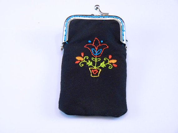 Floral Motif Handembroidered Coin Purse by HullionArtworks on Etsy, $34.95