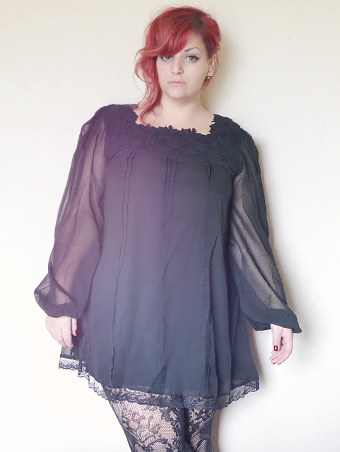 Curvy World: Chiffon Tunic - Plus Size Outfit