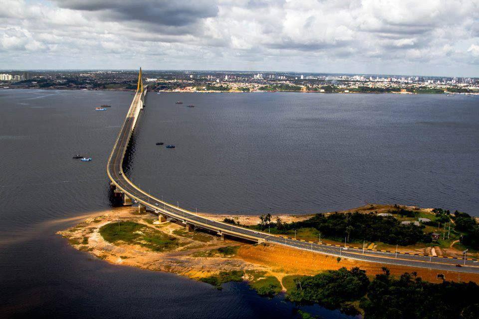 Melhorar o trânsito e incentivar a boa educação é a intenção do projeto Trânsito Manaus, que usa a participação virtual dos cidadãos integrar a comunidade.