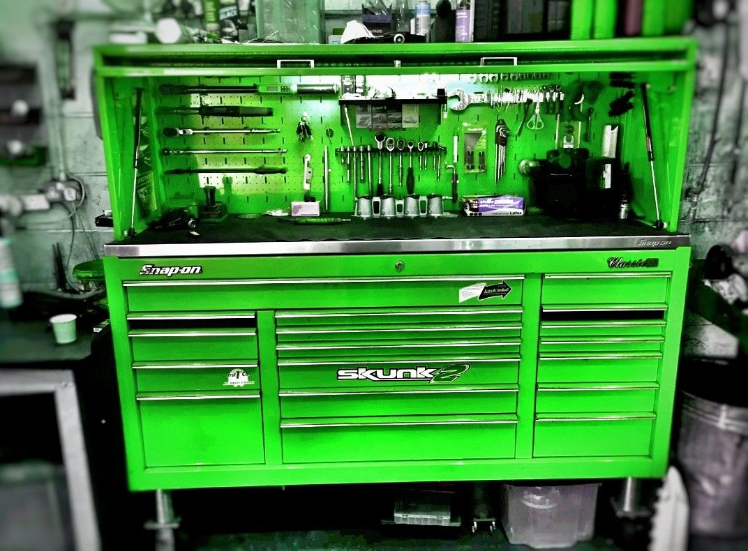 Huge Snap On Tool Box If Only I Had This Set Up In My