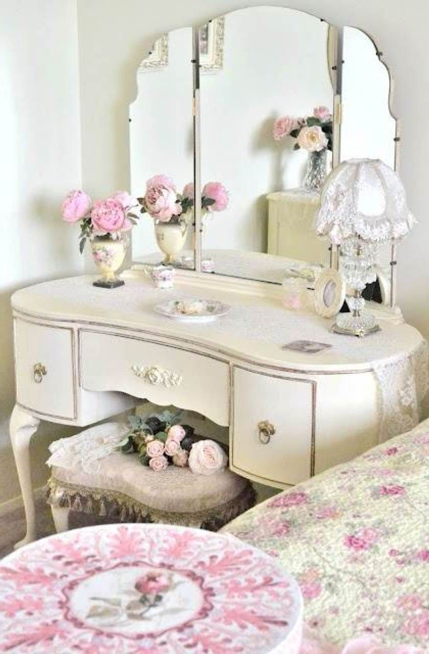 Amusing Antique Vanity Table Design Dresser With Flower Vase The Top As  Well Pink Floral Bed Cover And Unique Mirror Dresser Ideas Stylish Antique  Vanity ...