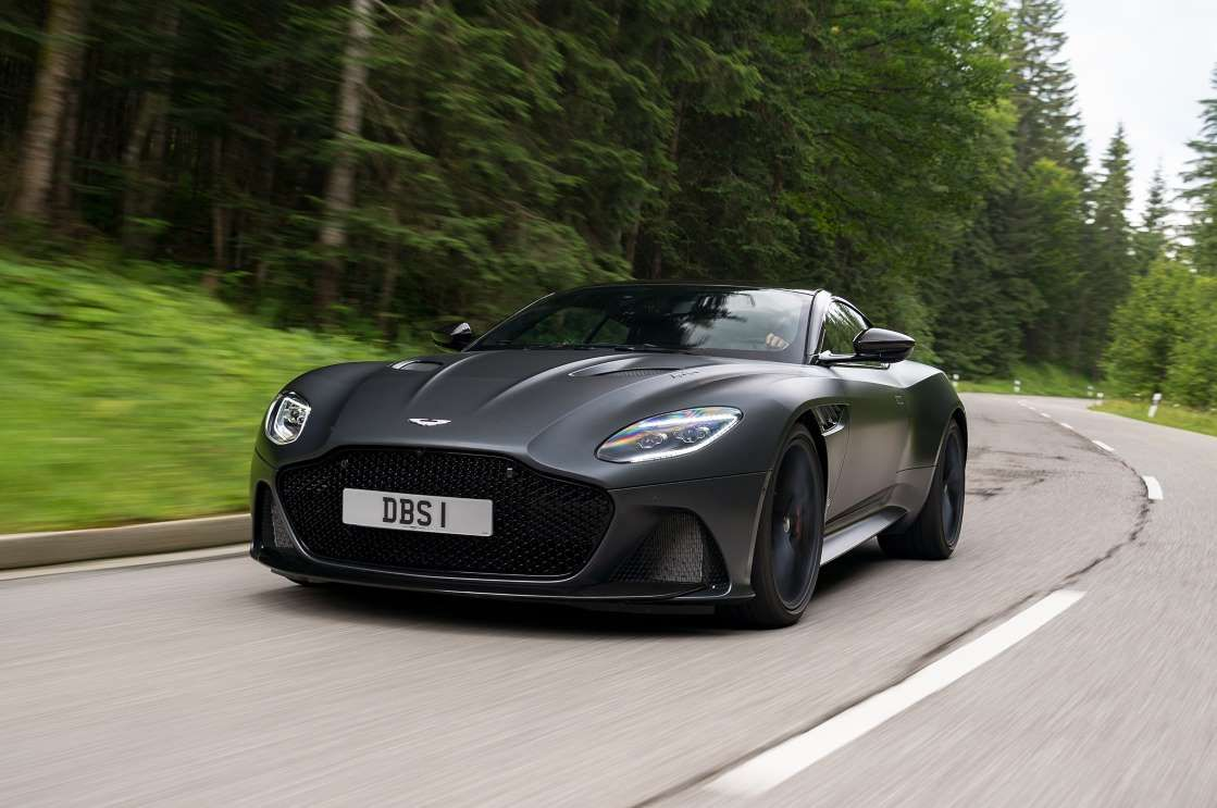 Aston Martin Dbs Superleggera Wallpapers Hd Images Pictures