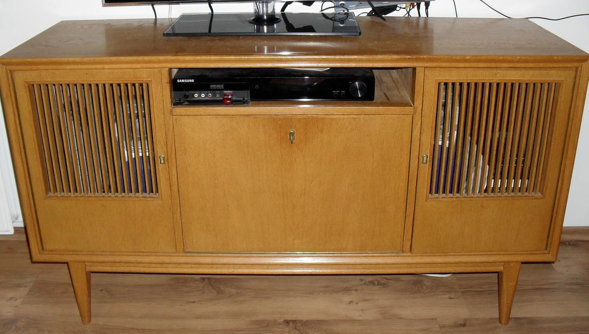 Dit tv meubel was precies wat ik zocht wat een fijne for Jaren 50 60 meubels