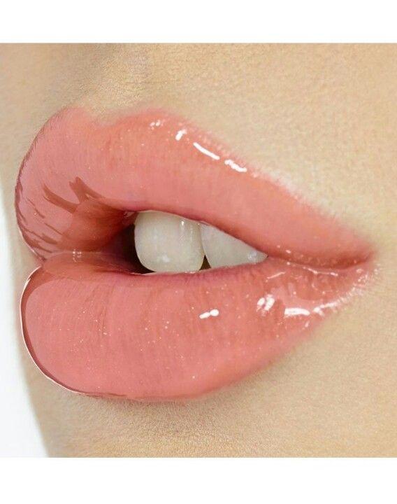 Glossy Lips Pink Lips Makeup Pink Lip Gloss Glossy Lips