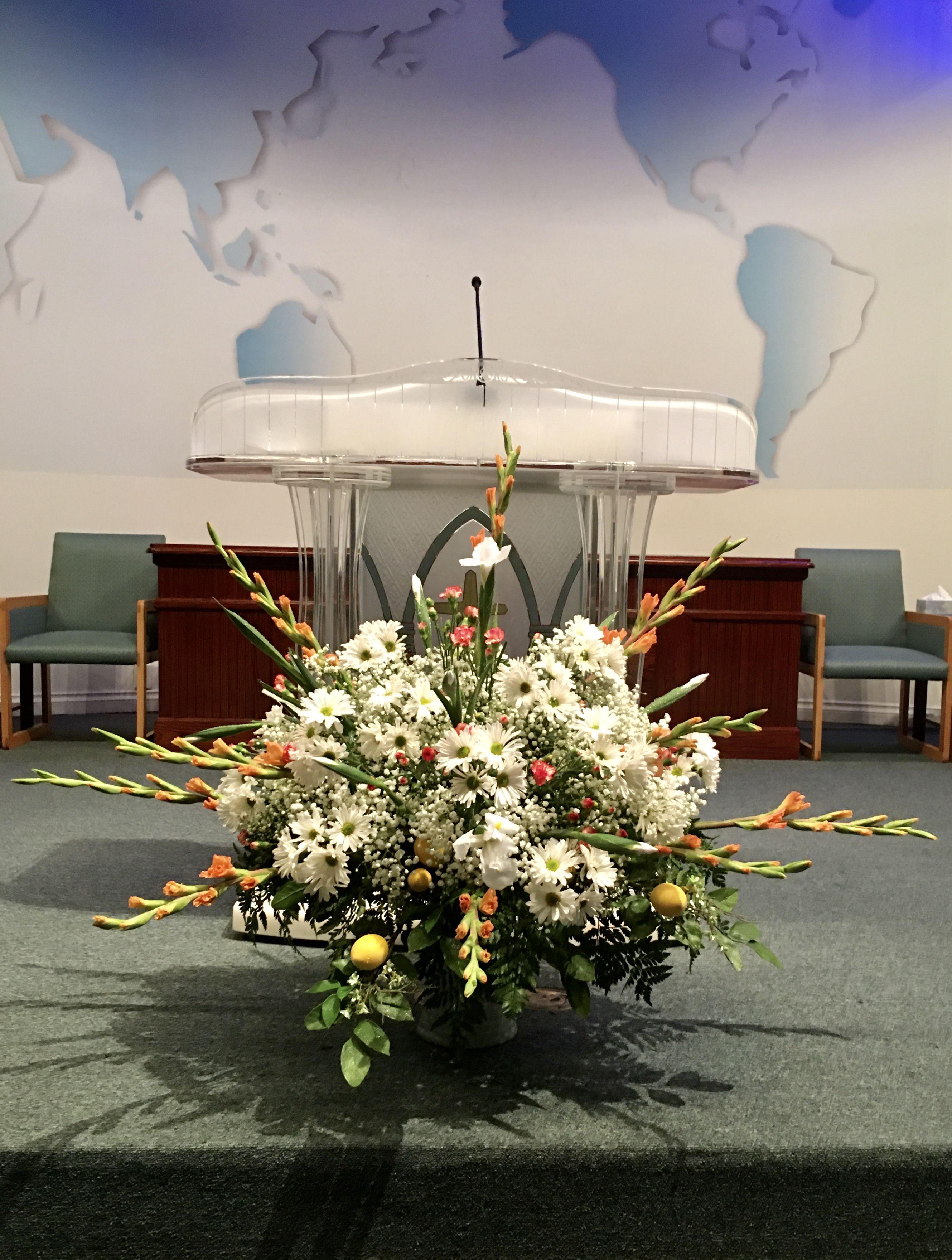 Pin by Jan Lim on Church Flower Arrangement in 2020