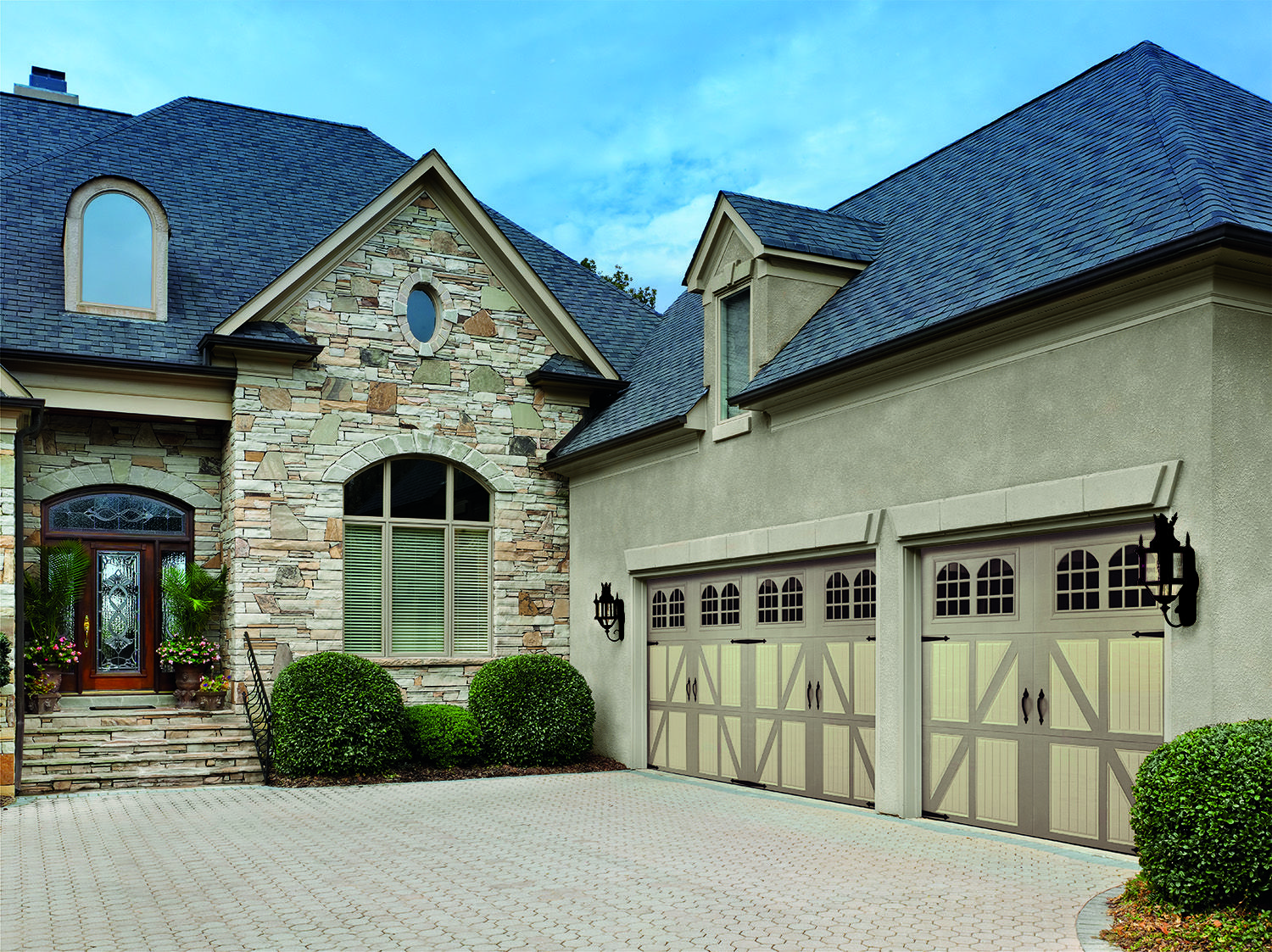 Classica northampton garage door white 9 x 8 no windows - Amarr Garage Doors Classica Collection Lucern Design With Rhine Windows And Blue Ridge Handles And