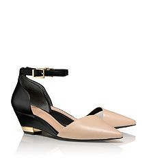 89c562c13c2f Tory Burch! Fashionable choice! Makes a lower heel and wedge work ...