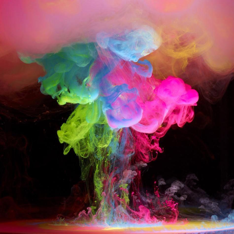 Beautiful Paint paint drop pictures |  h4/13/art-design/3/ink-color/beautiful
