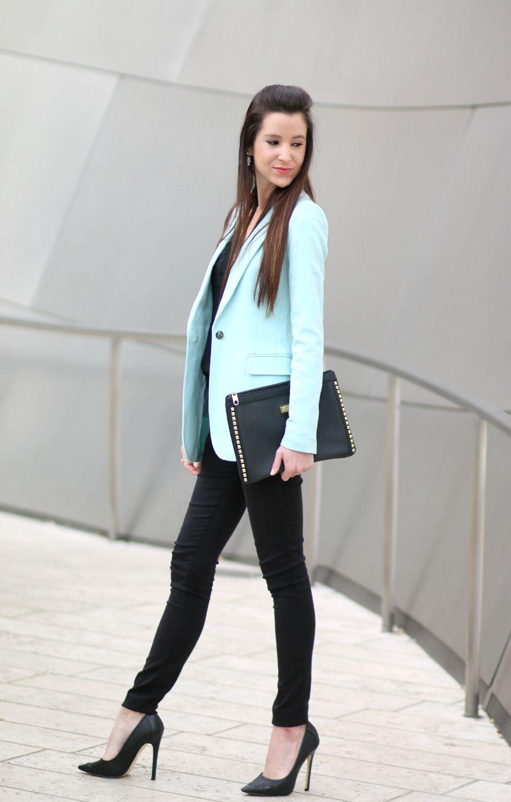 (Pre)Springtime Wardrobe Staple: Banana Republic Turquoise Blazer - Diary of a…
