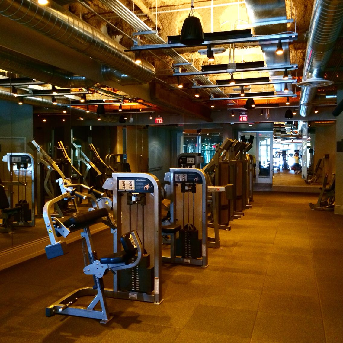 Home Gym Design Ideas: David Barton Gym LifeFitness Circuit Zone This Morning