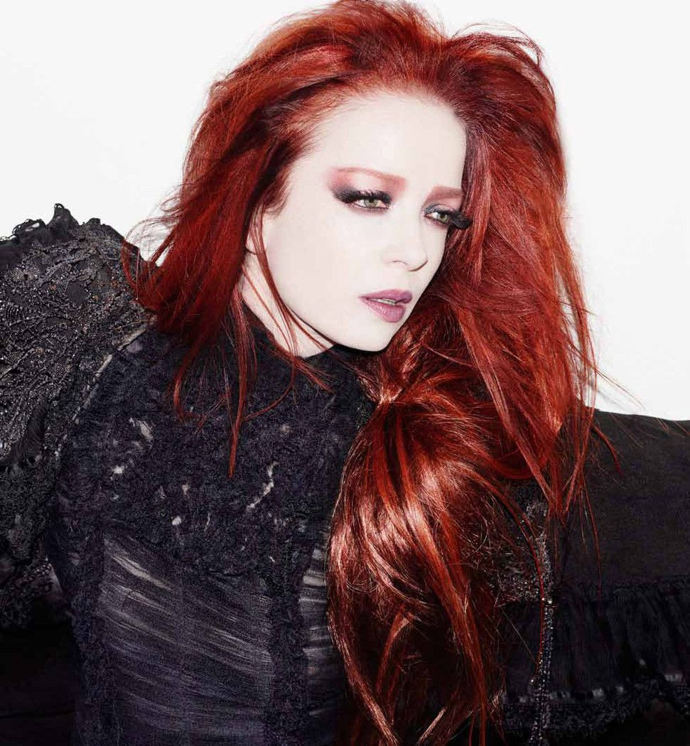 shirley manson natural hair color