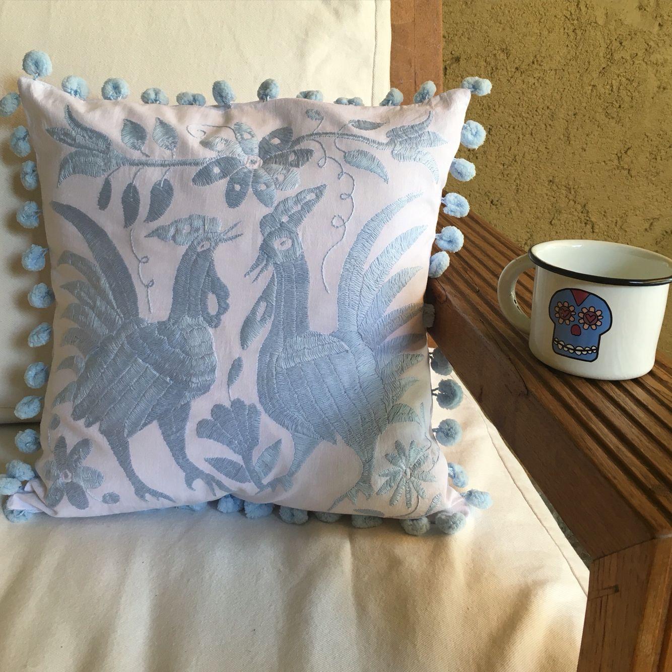 Cojin otomi bordado a mano Cushion handmade otomi