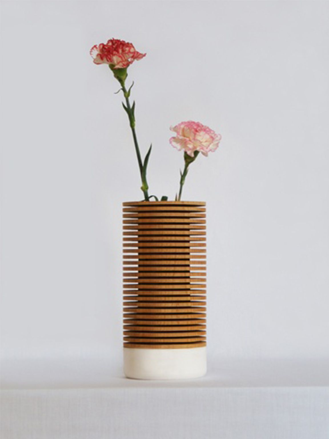 Mingshuo zhang industrial design flowers plants for Appartamento design industriale