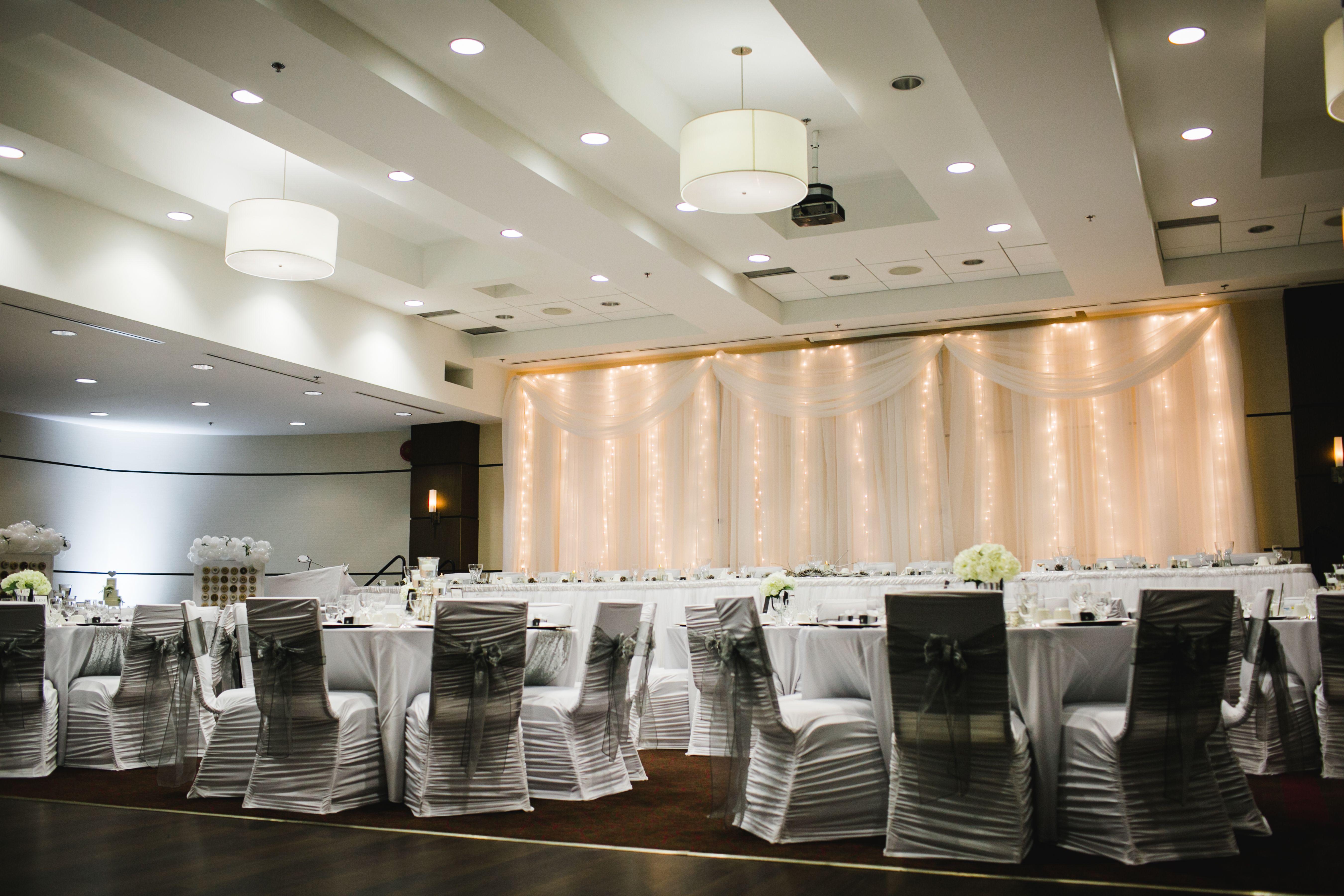 Wedding venue decoration ideas  Winnipeg Wedding Venue  Manhattan Grand Ballroom at the Four Points