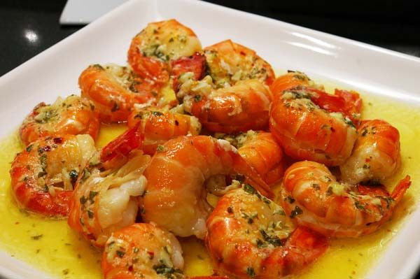 Spicy Lemon Garlic Shrimp - The Gourmet Housewife