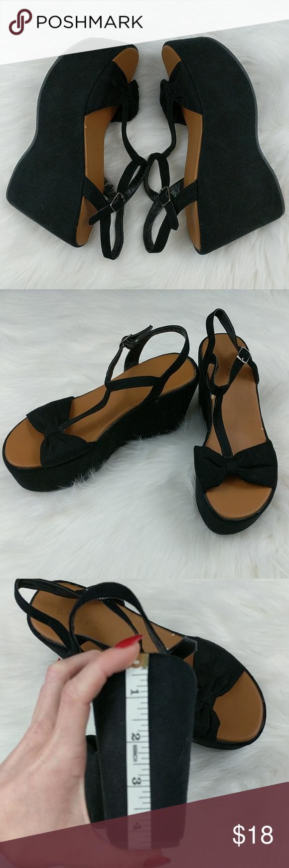11ee545cf5 Faux suede platform wedge sandals bow tie Size 10 4.5 inches heel Bakers  brand resort platform