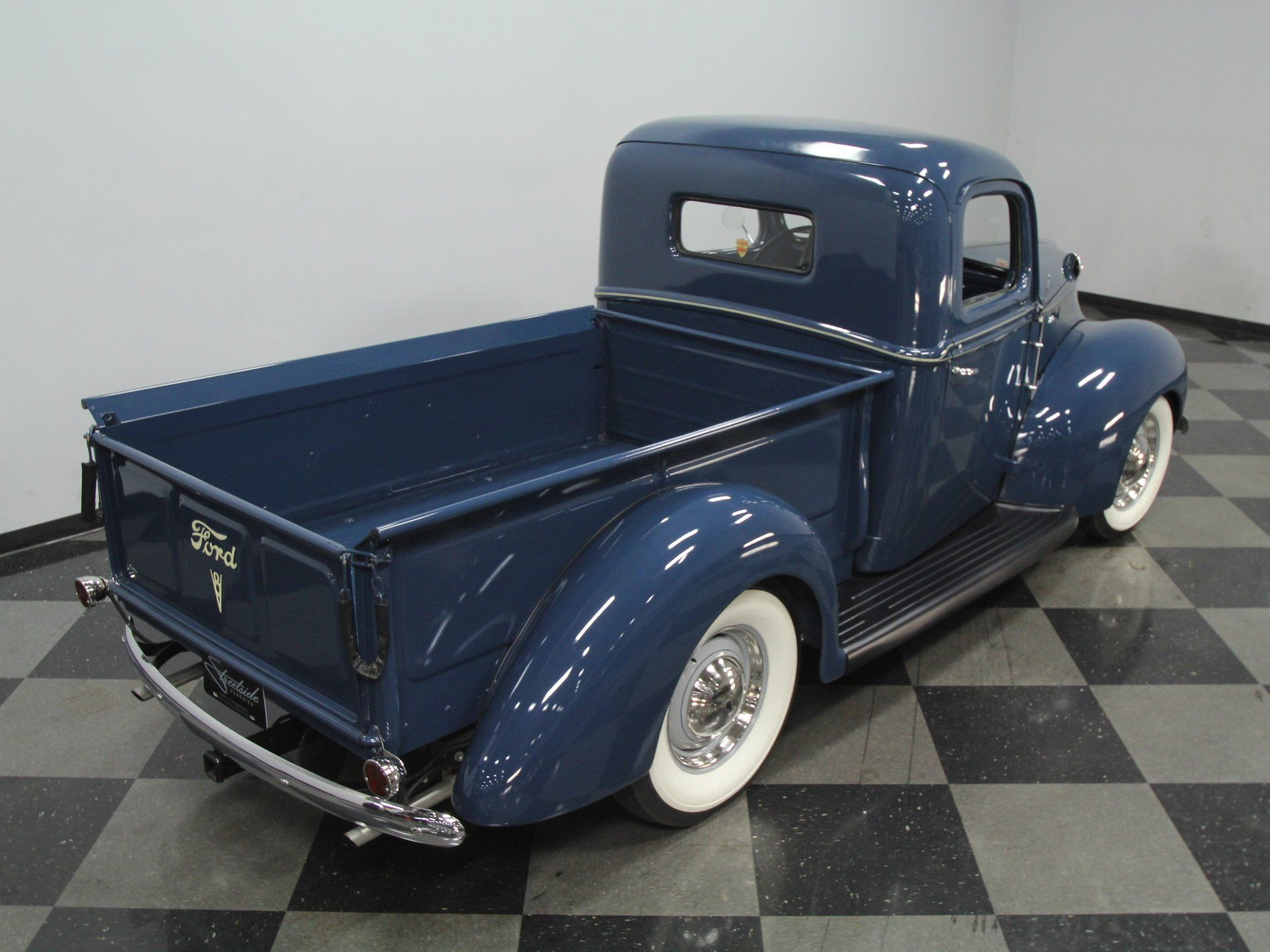 1940 Ford Pickup Streetside Classics The Nation S Trusted Classic Car Consignment Dealer In 2020 Ford Pickup 1940 Ford Classic Cars Trucks