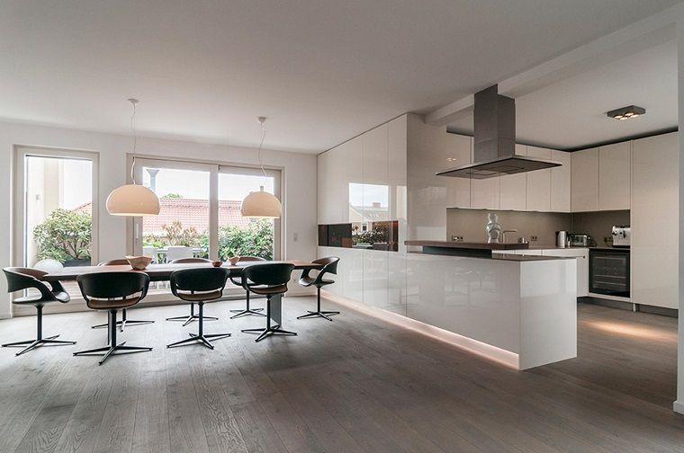 Idea originale design moderno cucina bianca lucida interior