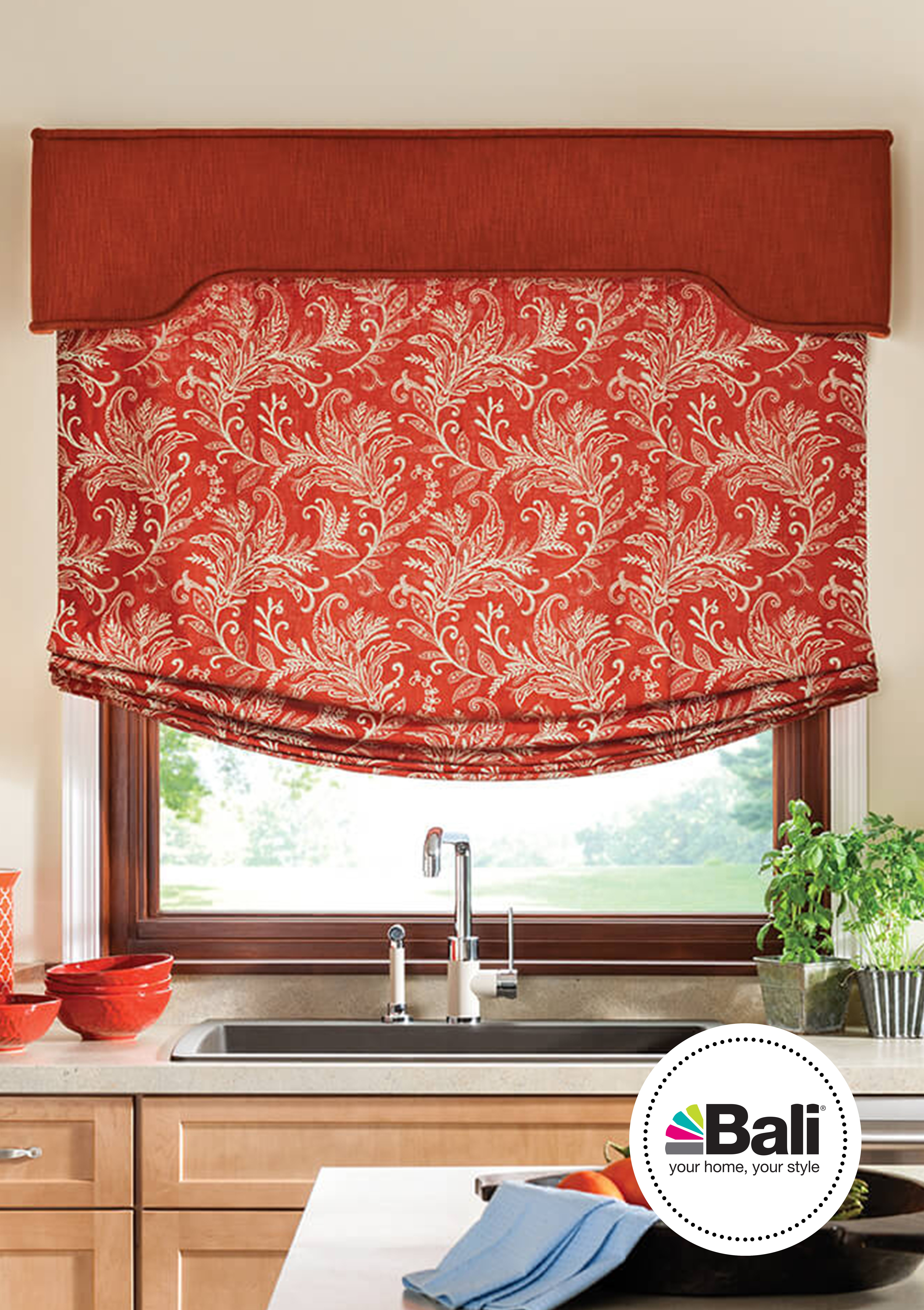 Relaxed Roman Shade With Cordless Lift Bazaar Off Broadway 1101 Fabric Wrapped Traditional Cornice With Self Wel Home Kitchen Window Treatments Roman Shades