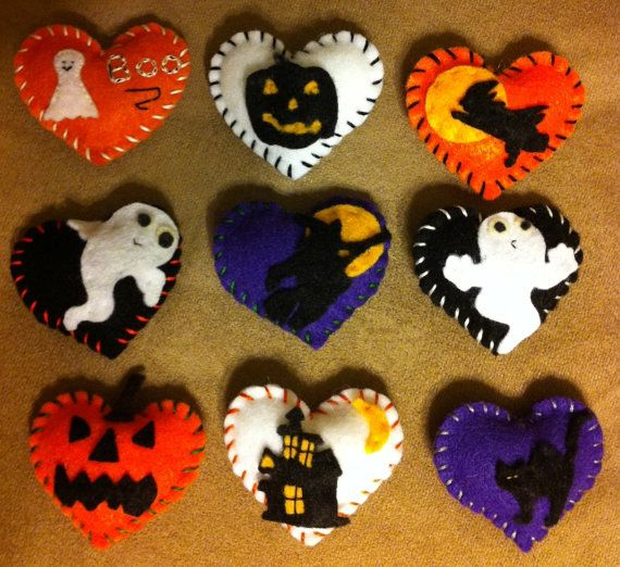 Halloween felt hearts. Decorations, pin cushions, gifts etc... on Etsy, $2.00