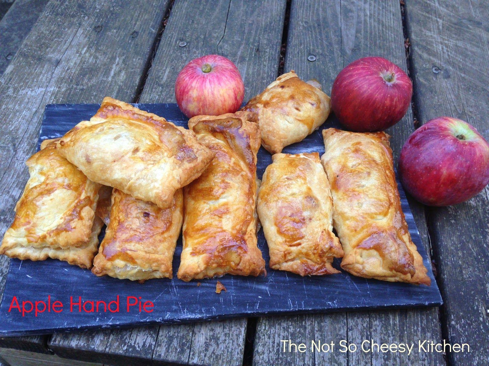 Apple Hand Pie {Apfeltaschen} | The Not So Cheesy Kitchen for #SundaySupper