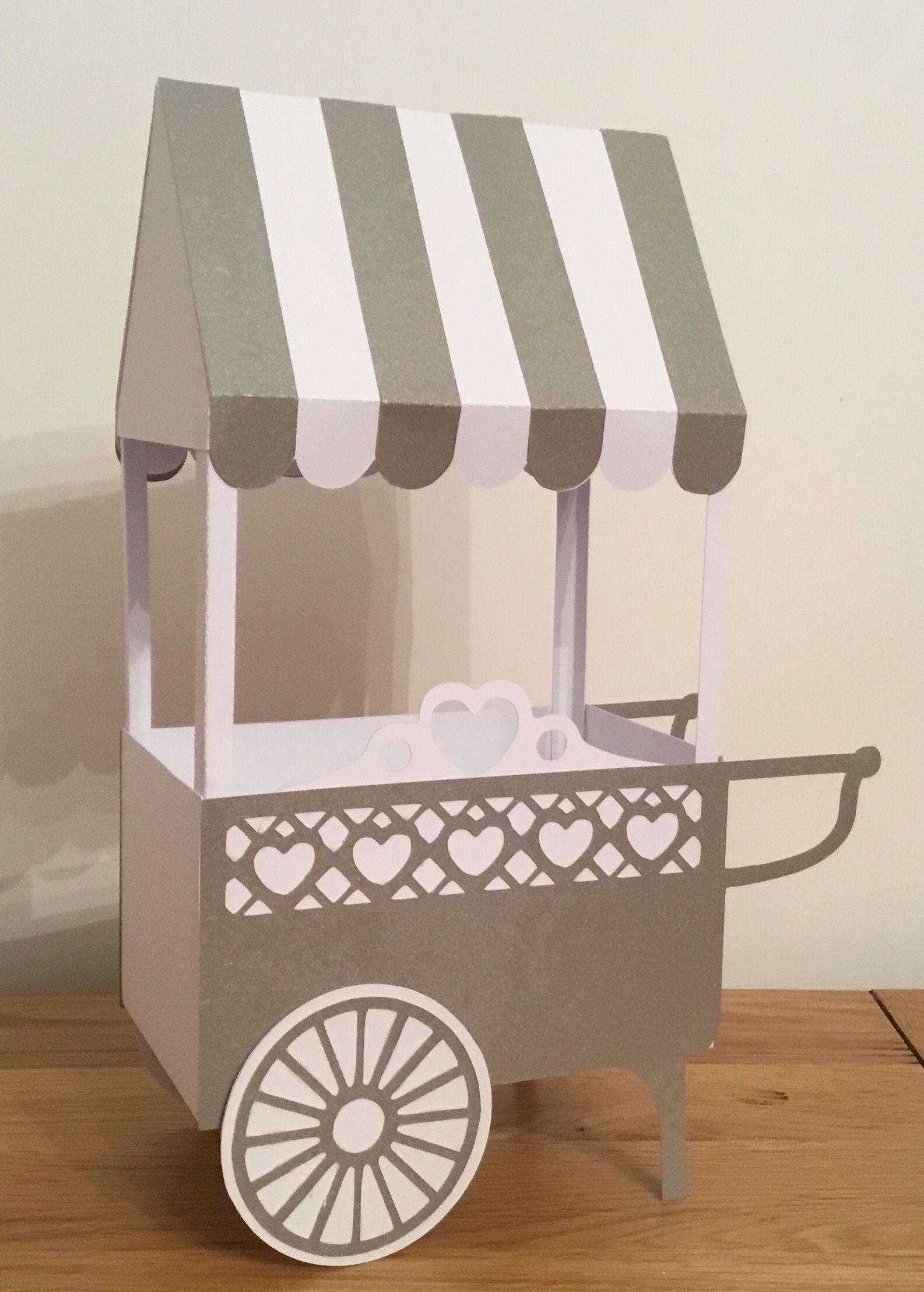 Sweetie Cart  Cutting Craftorium Romance Usb (Would Love To