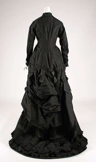Dress Textile by James McCreary and Co., N.Y. (American) Date: 1876–78 Culture: American Medium: silk
