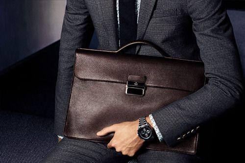 A briefcase, not a messenger bag.