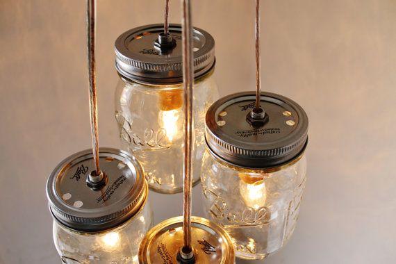 Summer's Day Mason Jar Chandelier 4 Clear Pint Jars par BootsNGus