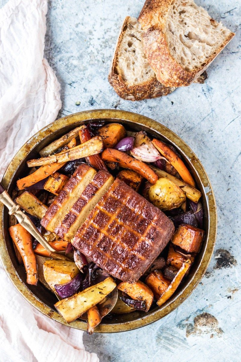 Super Easy One Pan Vegan Sunday Roast Recipe Food Recipes