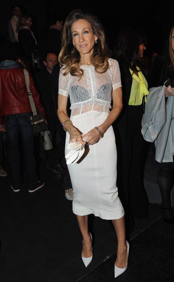 trucos de estilismo para invitadas a una boda: Sarah Jessica Parker