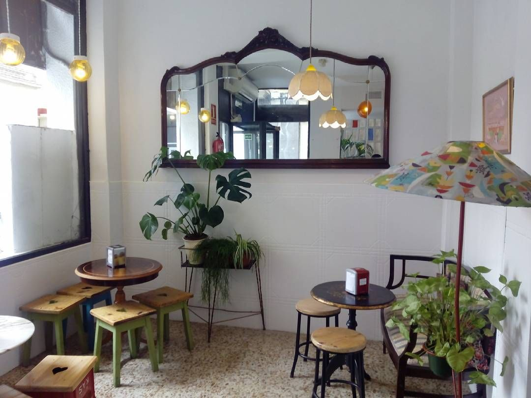 Muebles Veganos - Interior Del Bar El Gallo Calle Calixto Ramirez 2 Un Cl Sico De [mjhdah]https://i.pinimg.com/736x/9d/6b/17/9d6b1700407348e9892f3a27c09fd65c–office-spaces-hammocks.jpg