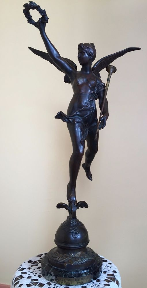 """STATUETTE EN BRONZE """"AU VAINQUEUR"""" D'ANTOINE BOFILL   Art, antiquités, Art du XIXe et avant, Sculptures, statues   eBay!"""