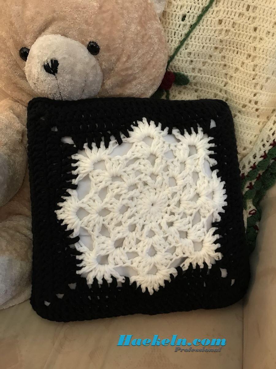 Schneeflocken Winterkissen | Granny | Pinterest | Schneeflocken ...