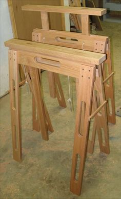 Attirant Adjustable Height Folding Sawhorses Using Standard Door Hinges.