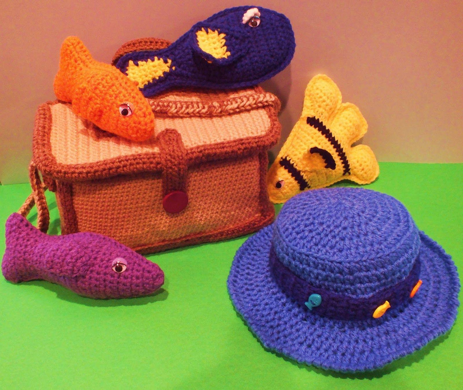 Connie\'s Spot©: Free Crochet Fish Pattern Gone Fishing©   Fishing ...