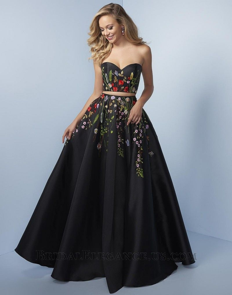 Clarisse 3565 This Dress Features A Plunging V Neckline And A Flirty Deep V Back A Ribbon Belt C Floral Prom Dresses Prom Dresses Lace Prom Dresses Long Lace [ 1024 x 768 Pixel ]