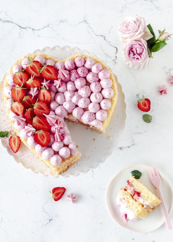 Erdbeer Herz Torte Zum Muttertag Rezept Lebensmittel Essen Kuchen Und Torten Kuchen Ohne Backen