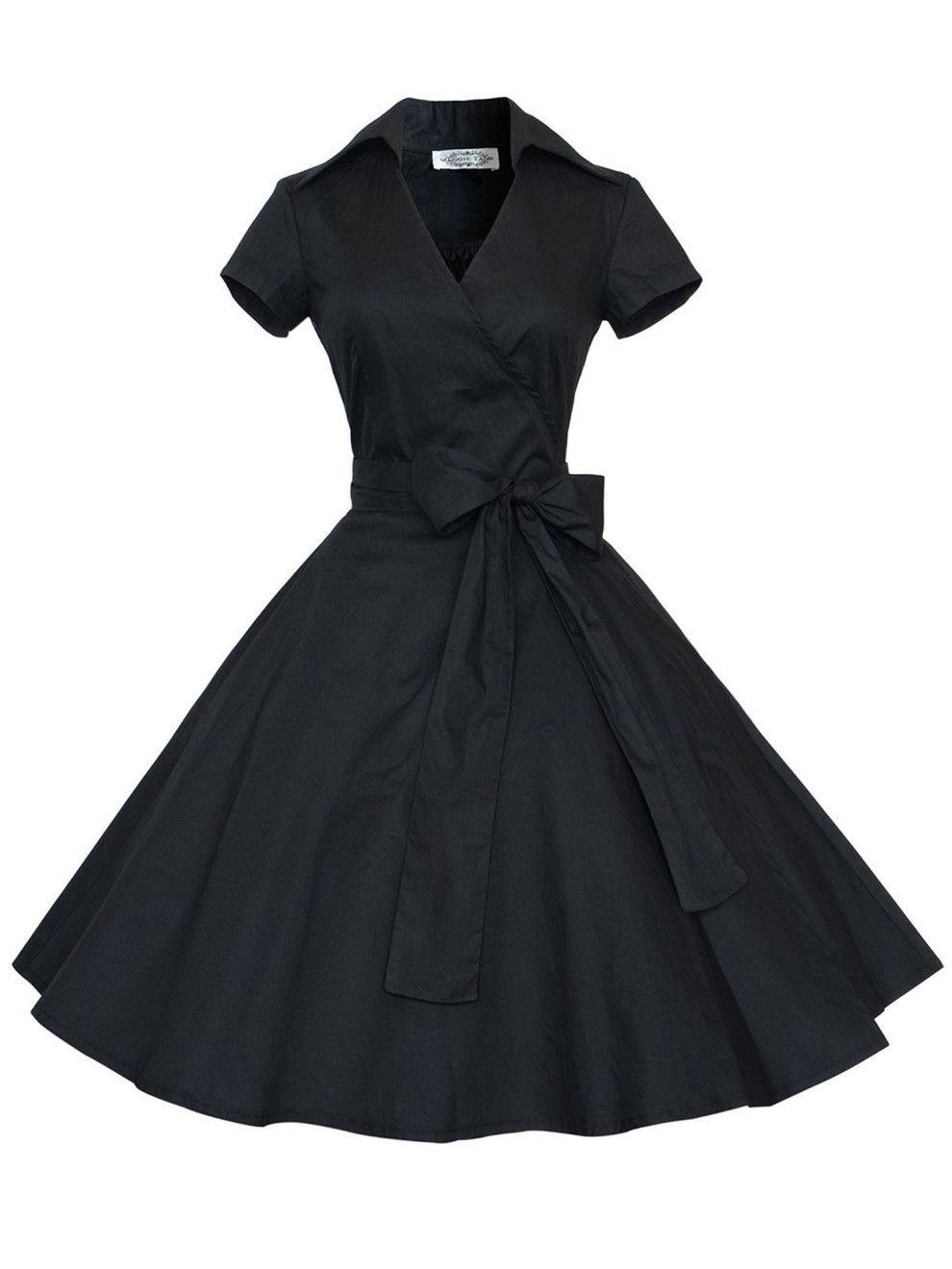 28 Dresses No One Will Ever Believe You Got From Walmart Plus Size Vintage Dresses Vintage Dresses 50s Shirtwaist Dress [ 1320 x 990 Pixel ]