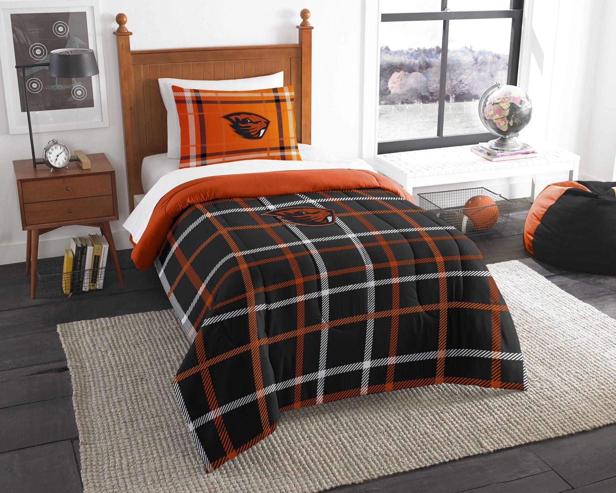 Oregon State Collegiate Twin Embroidered Comforter & 1