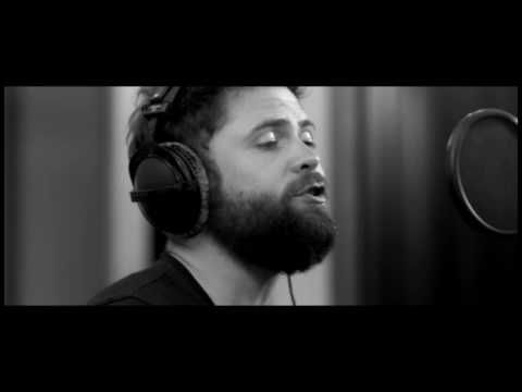 Passenger | Somebody's Love - Live From Roundhead Studios, Auckland - YouTube