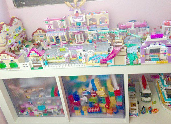 lego friends display table