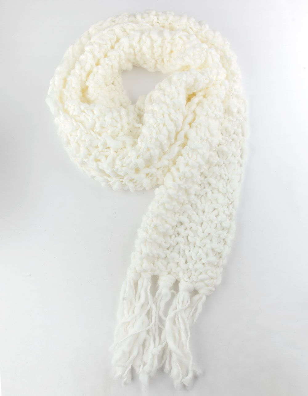 Photo of Chunky Knit Ivory Scarf