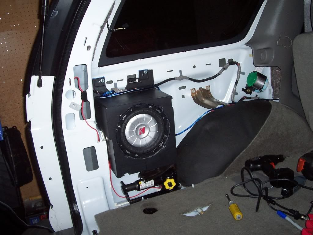 Subwoofer location preference page 2 chevy tahoe for 03 chevy silverado door speaker size
