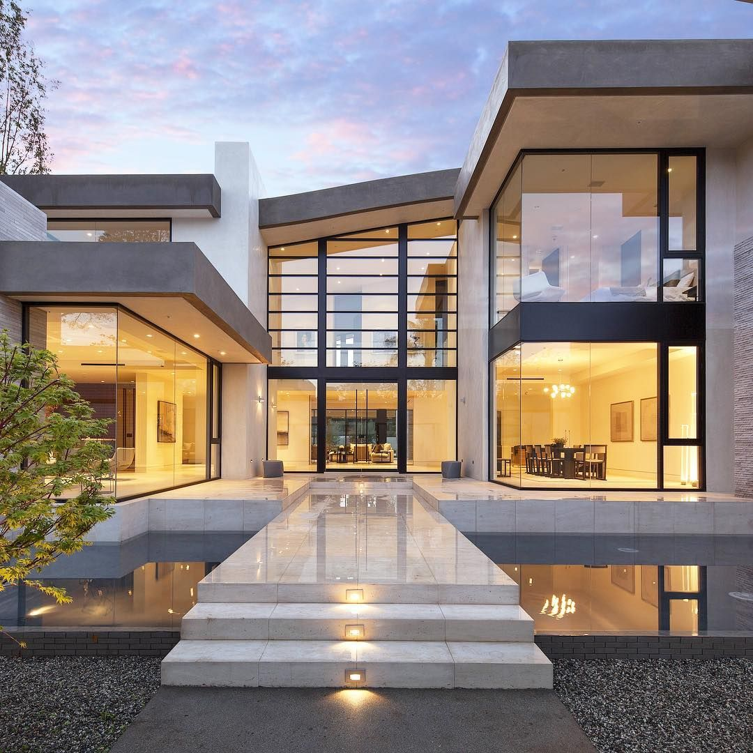 If You Like Glass Walls Then We Think That This Modern House Is A