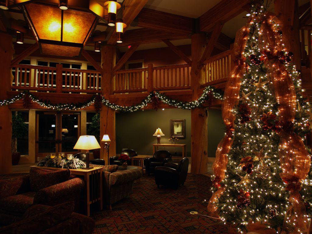 cozy country christmas lodge - Christmas Lodge