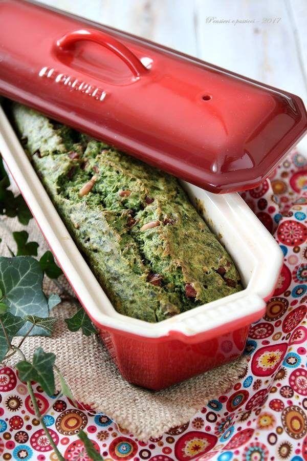 Salzige Kuchen mit Spinat, Schinken, Pinienkernen und Muskatnuss
