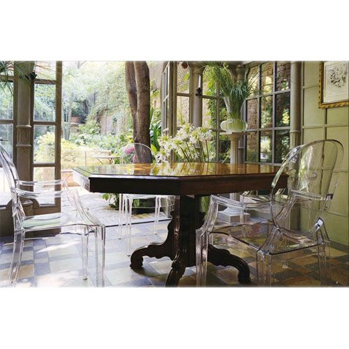 kartell louis ghost chaises et fauteuils design philippe starck vente mobilier design avec. Black Bedroom Furniture Sets. Home Design Ideas